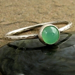 Hammered sterling silver & Chrysoprase stack ring