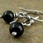 Earrings in black onyx & oxidized sterling silver